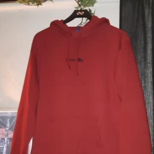 Skitsnygg hoodie från h&m!! HÖGSTA BUD! Använd en gång- kunden står för frakt! 💫