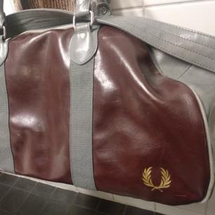 Fred Perry väska 50 cm weekend bag
