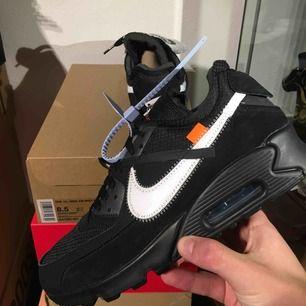 Nike x Off-White Air Max 90 Black | Storlek EU 42 / US 8.5 | Helt nya, oanvända med tags!
