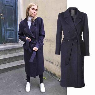 Minimum wool coat - Ul kappa  Storlek 36   Använt 1 gång. Jättebra skick.  Original pris: 1500,-   60% ull