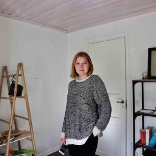 Oversized stickad tröja från asos! Säljer den pga att jag inte använder den