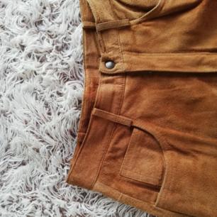 Läder byxor, köpta på secondhand hand