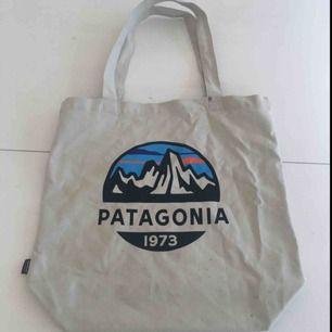 Stofftasche aus Patagonien. Fast nie gebraucht in gutem Zustand :)