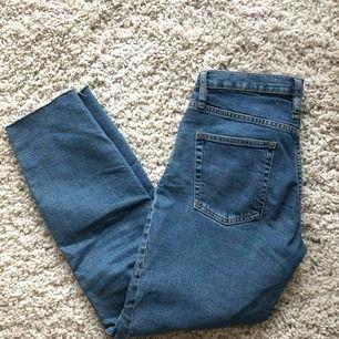 Raka jeans från lager 157.