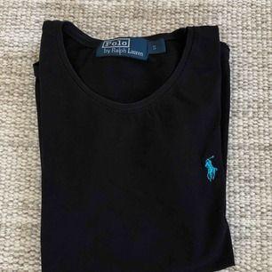 T-shirt från Ralph Lauren! Superskön, snygg och passar till ALLT 🤩