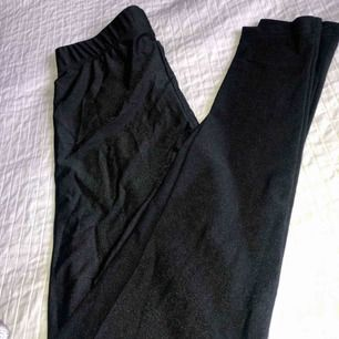 Super coola glas/glittriga tights som aldrig är använda. Köpare står för frakt!😊