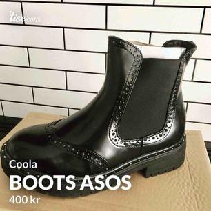 Superfina helt oanvända boots från asos