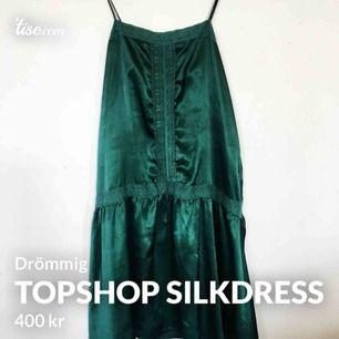 Superfin silkesklänning från topshop