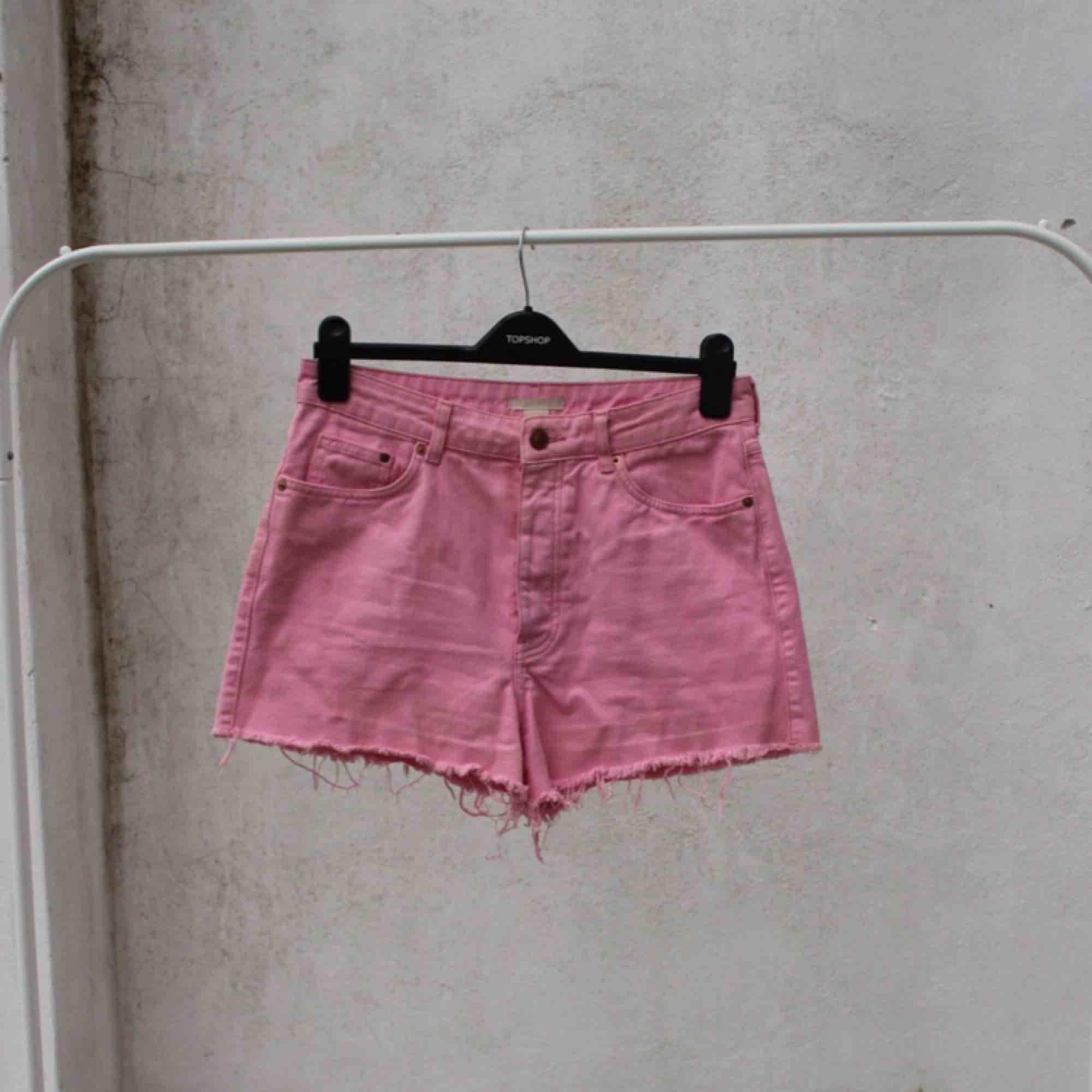 🌸 Rosa jeansshorts från H&M 🌸. Shorts.