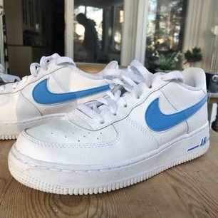 Nike air force 0.7 unity blue. Fint skick. Köpta nyligen. Köparen betalar frakt.