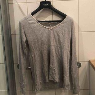 Grå odd molly tröja Använd fåtal gånger och är i bra skick
