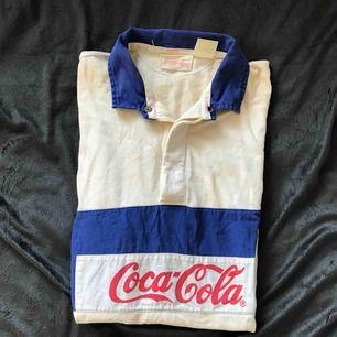 Vintage Coca-Cola kortärmad skjorta. Asball o superskön.