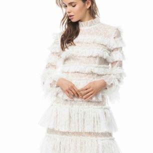 Söker denna klänning från by malina i strl xs eller S