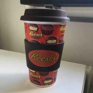 Aldrig använd reese's kaffemugg - (frakt tillkommer)