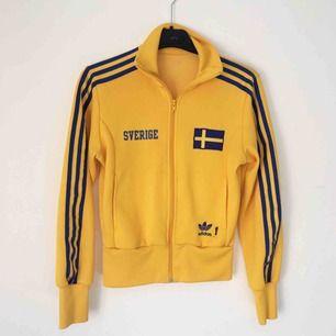 Adidas Sverige-tröja! 🇸🇪 Frakt inkluderat i pris