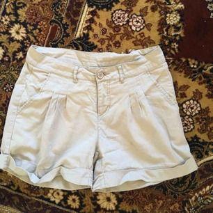 Snygga shorts ifrån Vila. Bra skick ✨