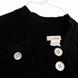 Kofta/tröja ifrån Malene Birger. I fint skick. 💘