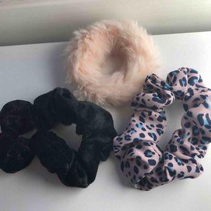 Tre olika scrunchies för 80kr eller 30kr/styck. Frakten kostar 10kr