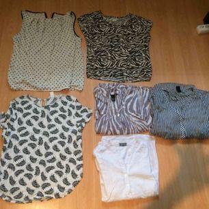 Använt två gånger .Tröjor 20kr stycken.Skjortor på höger sidan 25kr .Fråga ! :)))