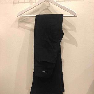 Bootcut jeans från DR denim, köpta för 499 på salt, använda 1-2 gånger :)