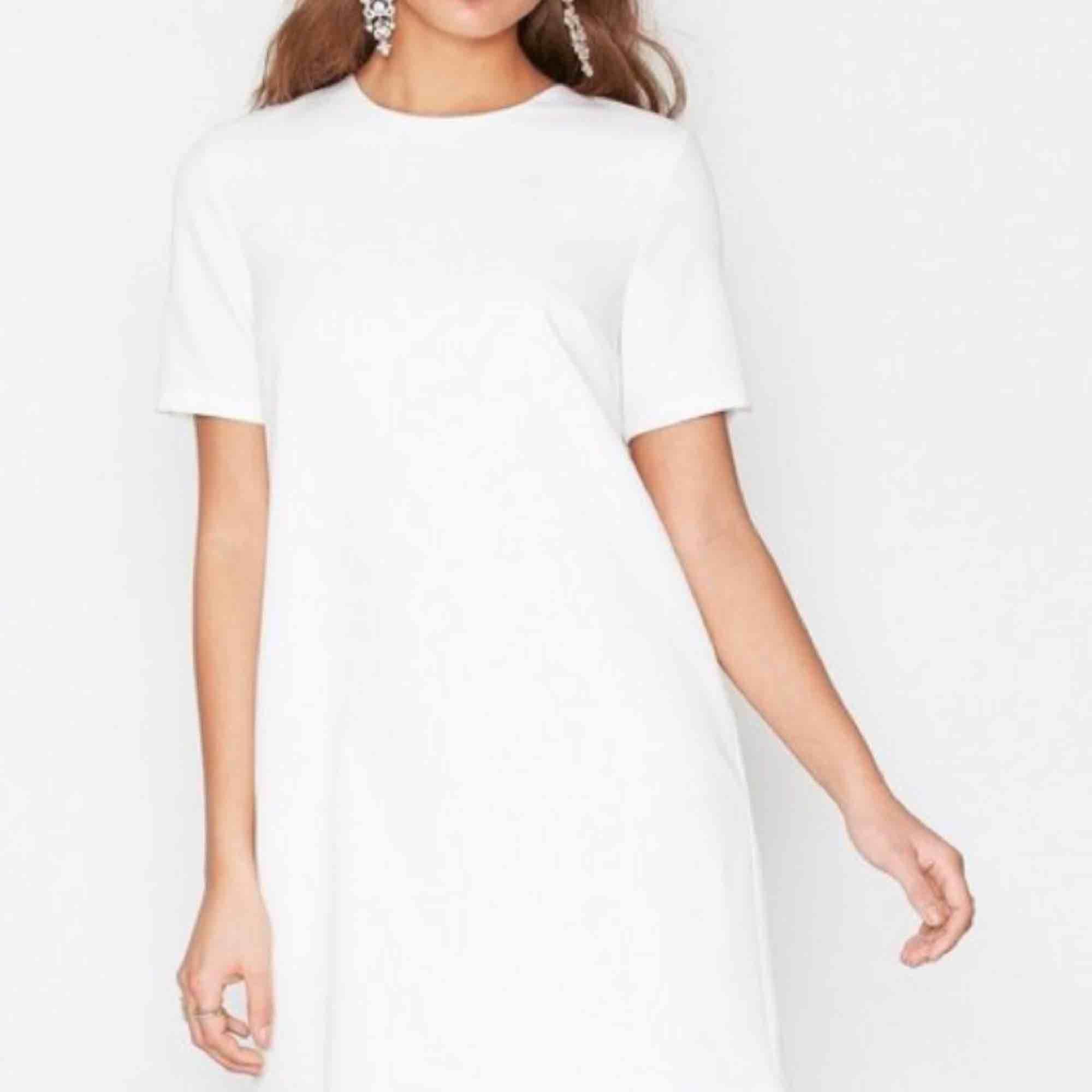 t shirt klänningar