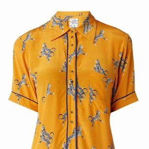 Sjukt snygg blus/skjorta (nypris 1299 kr)