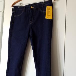 Helt nya byxor från h&m med lappar kvar