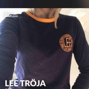 Superfin tröja ifrån Lee!