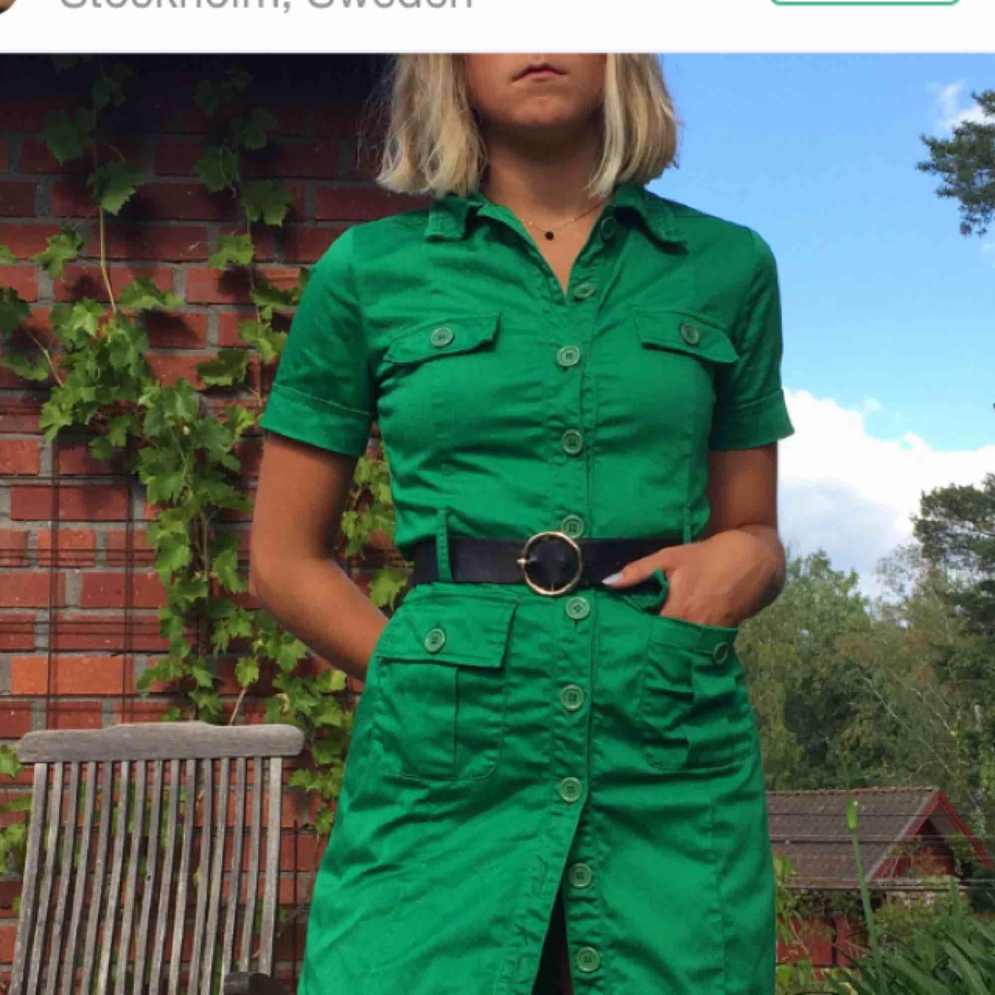 1291437a20c4 Grön klänning köpt här på plick - Klänningar - Second Hand