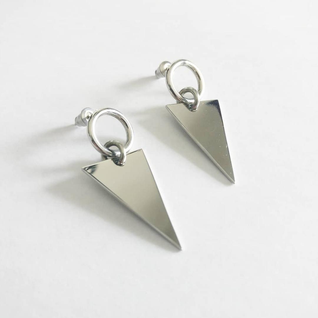 Stilrena silverörhängen i mycket bra skick! 💕  Aldrig använda ✨  fri frakt 💌. Accessoarer.