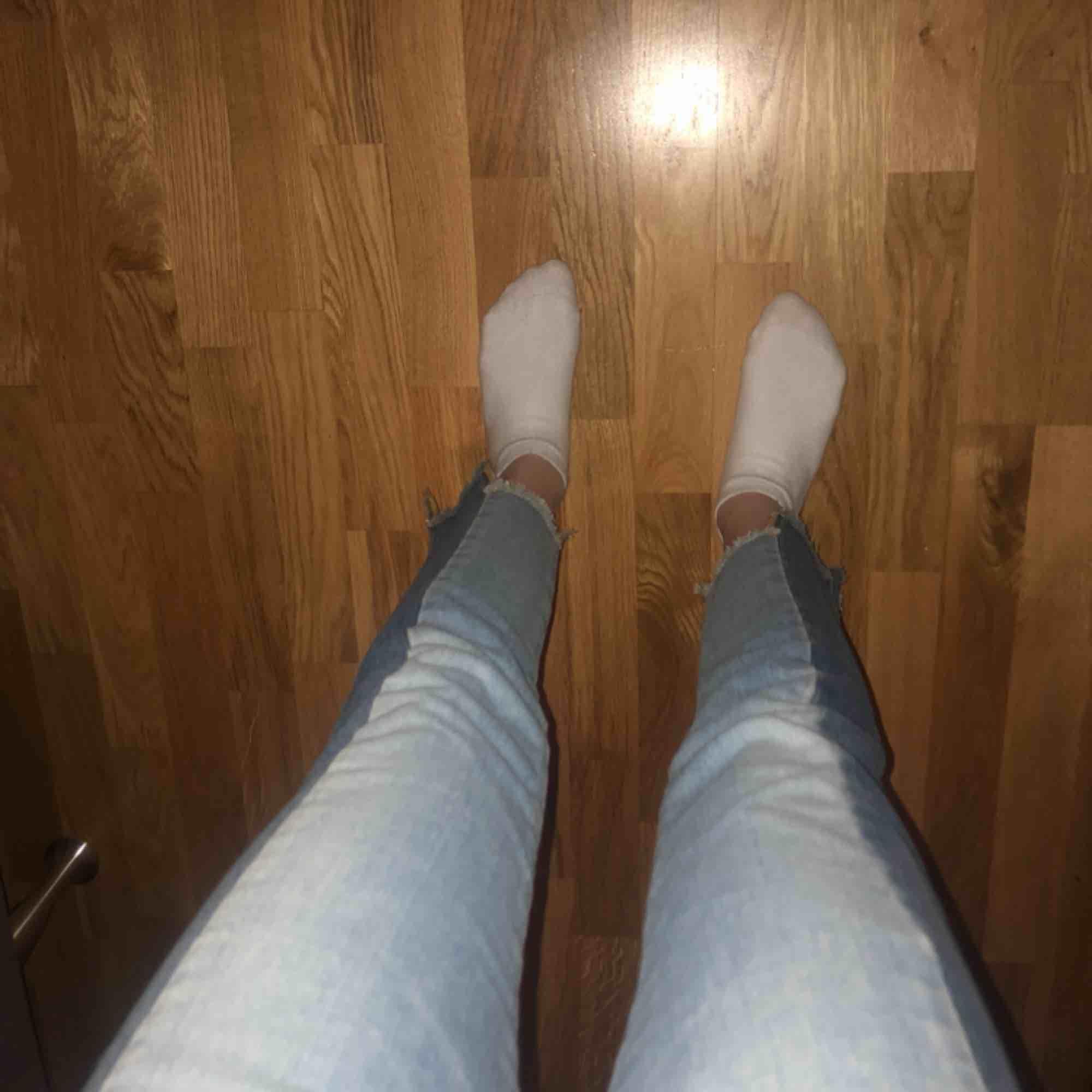 Svin snygga typ boyfriend jeans. Aldrig använda💋 skriv för fler bilder❣️. Jeans & Byxor.