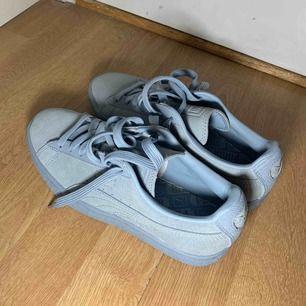 Puma skor helt nya bara testade, pastell blått mocka material 😌 köparen står för frakten
