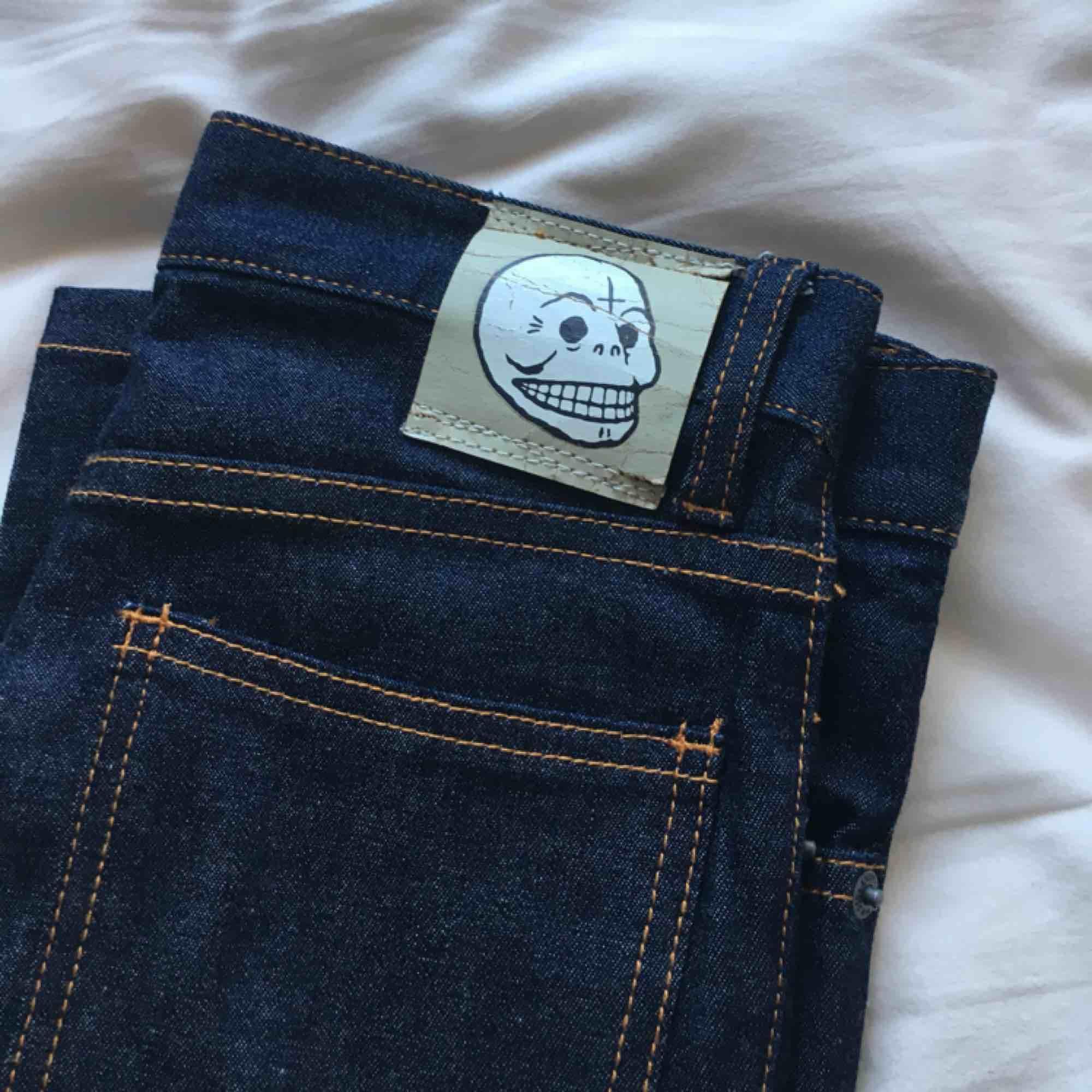 Cheap Monday jeans . Jeans & Byxor.