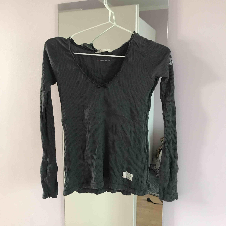 Odd Molly tröja som aldrig blivit använd, köpt på Odd molly för 595kr. Toppar.