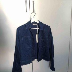 skjorta från carin wester. nypris 500 kr. aldrig använd.
