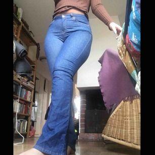 Jeans från Gina, använda Max 2-3 gånger. Möts i Stockholm eller så betalar köparen frakten