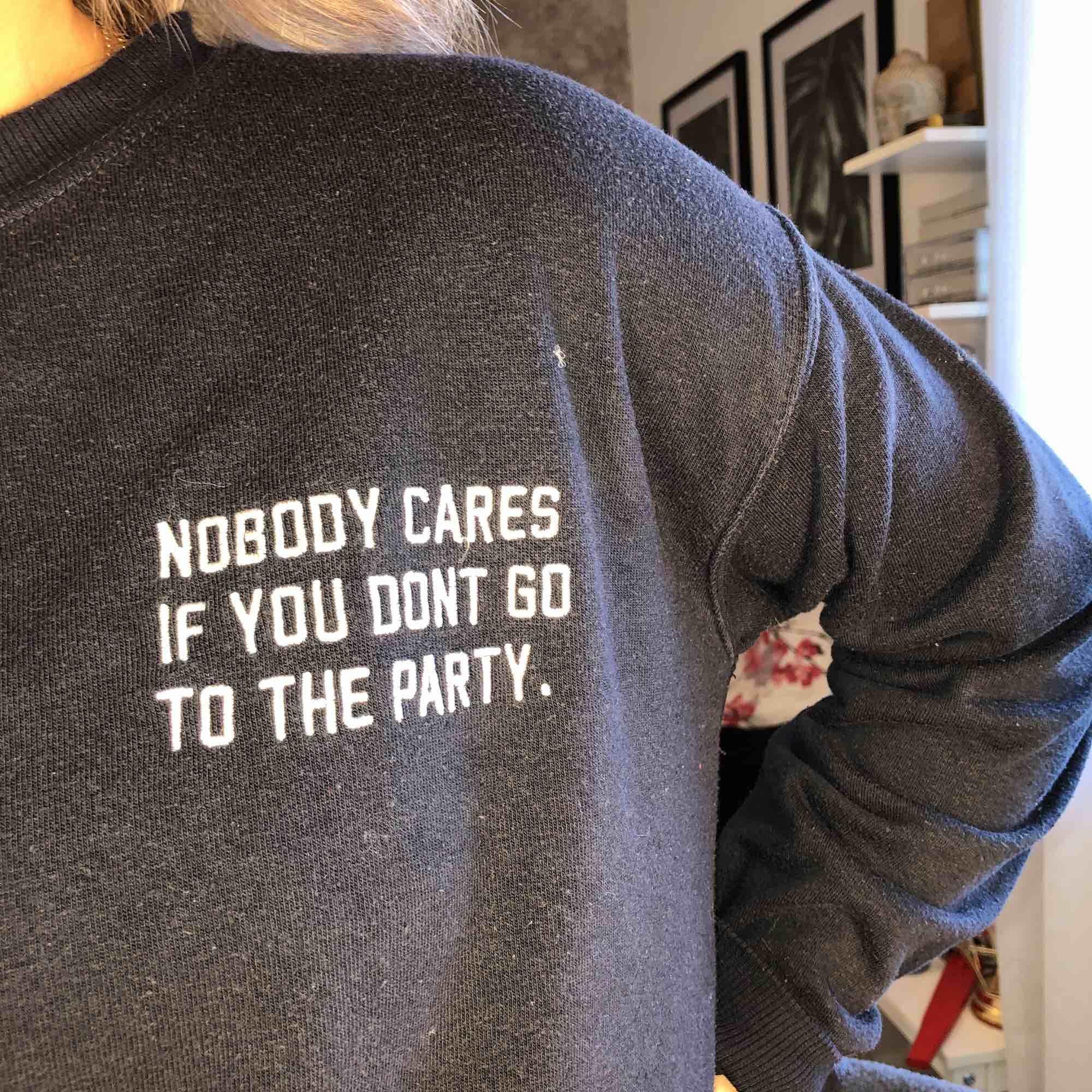 skön tröja från pull&bear! . Huvtröjor & Träningströjor.