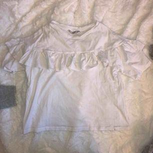 tshirt från mango