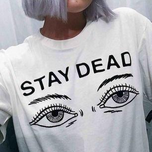 Snygg t-shirt. Endast testad 💫✨