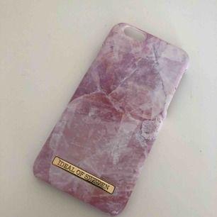 Skal från Ideal of Sweden till iPhone 6 • Någon slitning på nedre hörnet men annars bra skick! • Köparen står för frakten!