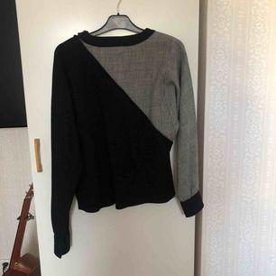En cool rutig/svart tröja köpt från Humana Kan mötas upp i Stockholm! Annars betalar köparen för frakt ⭐️