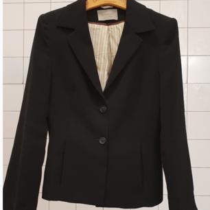 Black turnover blazer