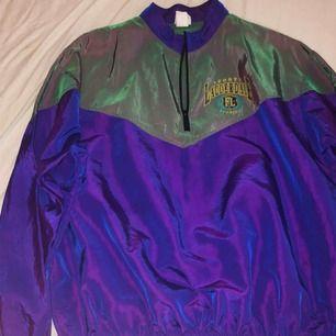Vintage tröja från STYLE, möts upp i Sthlm, eller så står köparen för frakt 💙