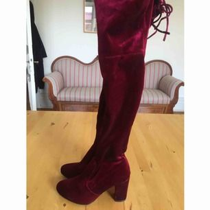 Använda en gång, men är inte lika färgglad som skorna så blev inte använt igen :(