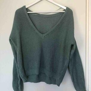 Super fin grönblå tröja från nakd. Aldrig använd. I nyskick   🦋
