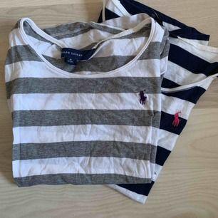 Två randiga t-shirts från Ralph Lauren storlek M (8-10år) båda för 120kr