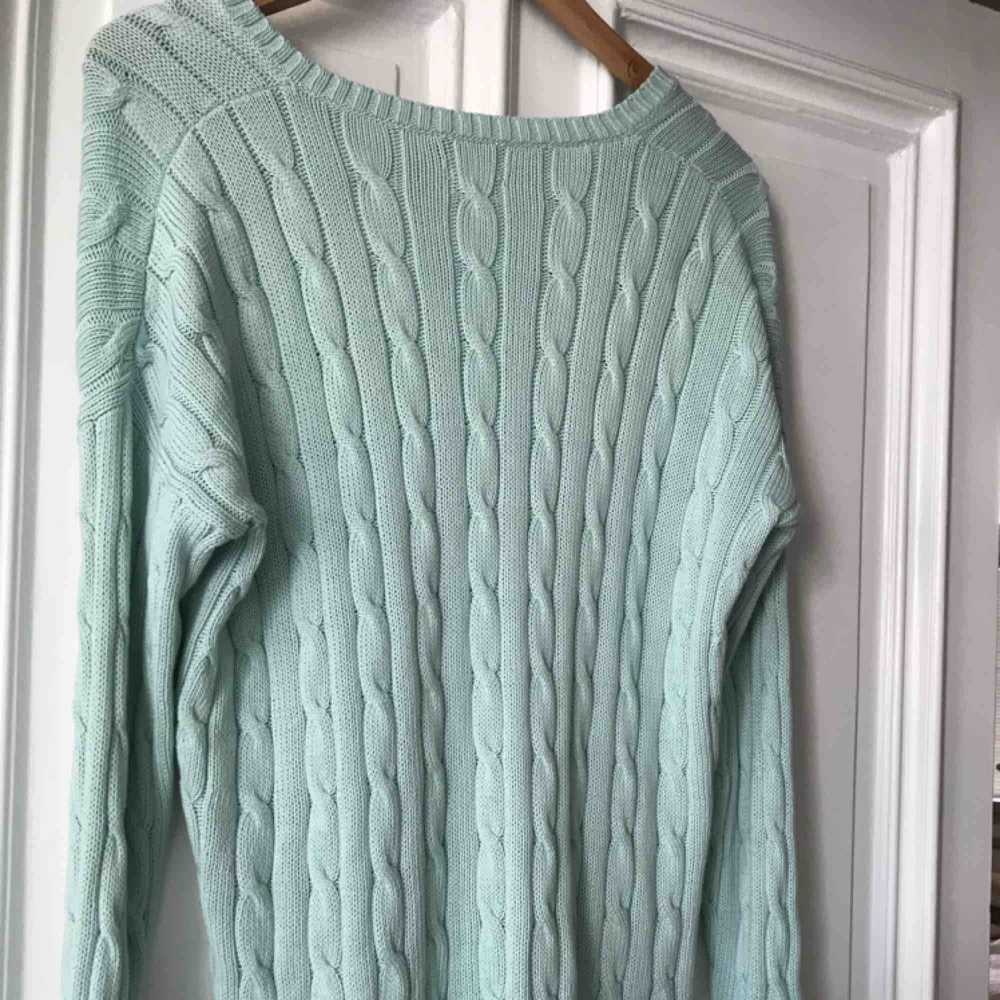 Lovely mint green Ralph Lauren cable knit sweater. Rarely used, a bit too big for me. Fits well for S-M sized.. Tröjor & Koftor.