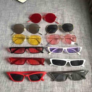 Olika trendiga solglasögon i bra kvalité. 75:- inkl gratis frakt.