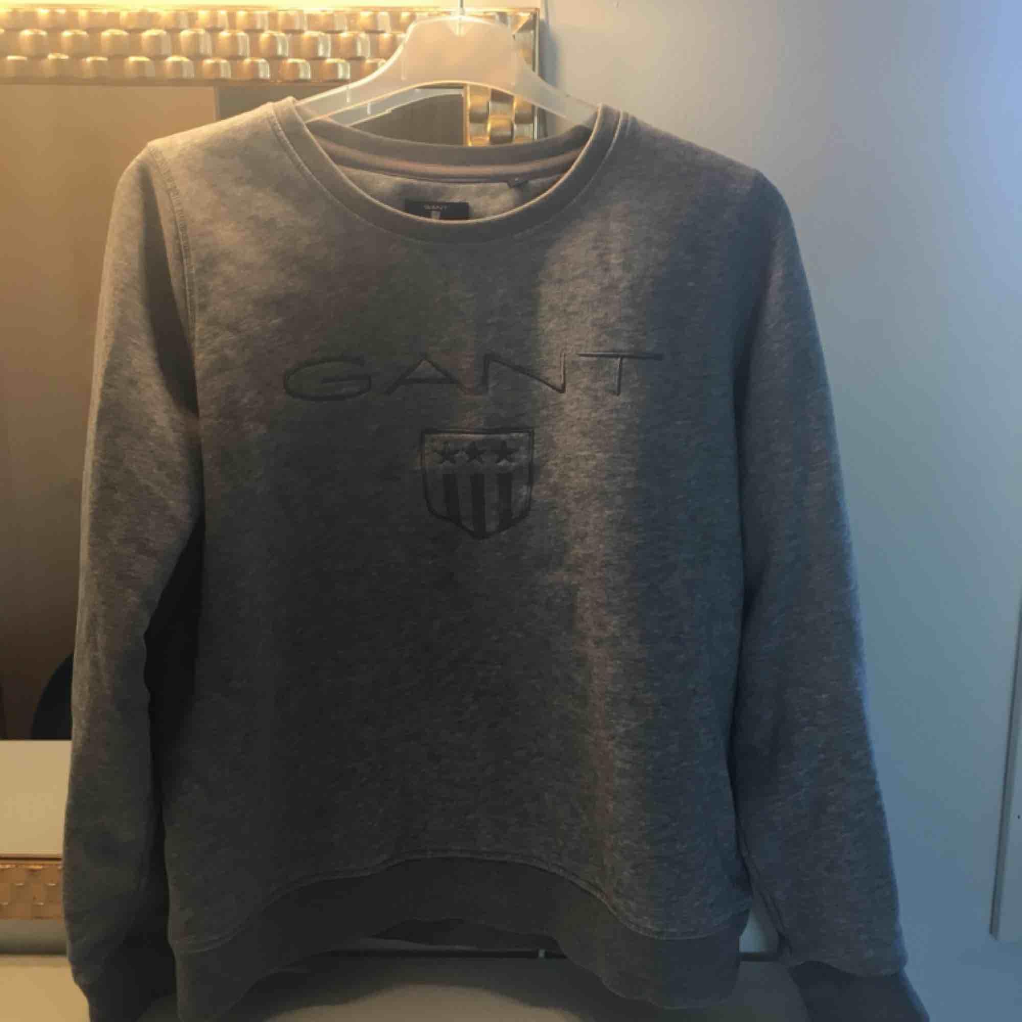 Gant tröja i bra skick! Frakt ingår. Huvtröjor & Träningströjor.