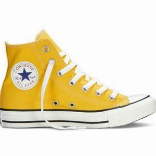 fantastiskt gult Converse i perfekt skick!